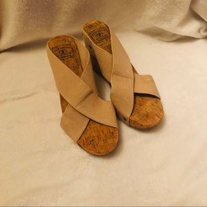 Lucky Brand Miller Wedge Sandals Beige sz 10 M